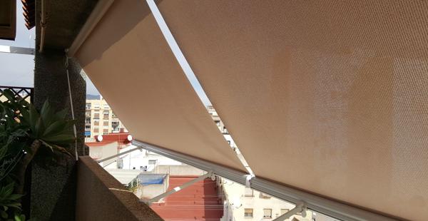 Toldo balcón - Imagen de catálogo